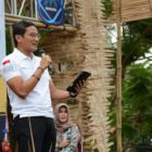 Founder program One Kecamatan One Center for Enterpreneurship (OK OCE), Sandiaga Salahudin Uno di Lapangan Murjani Banjarbaru, Rabu (11/12). Foto-Istimewa