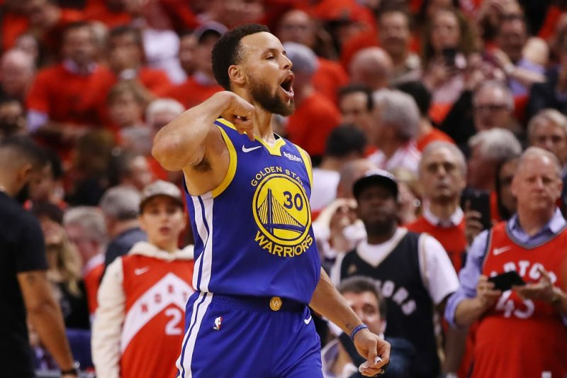 Demam, Warriors Bantah Stephen Curry Terdampak Corona